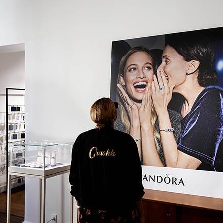 Découvrez comment Pandora a utilisé Storefront pour travailler sa visibilité